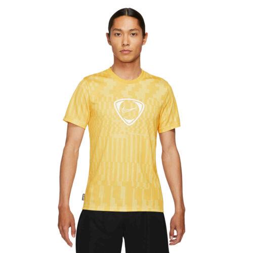 Nike FC Lifestyle Joga Bonito Tee – Saturn Gold