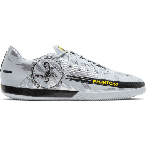 Nike Phantom GT Academy IC – Pure Platinum & Metallic Silver with Black