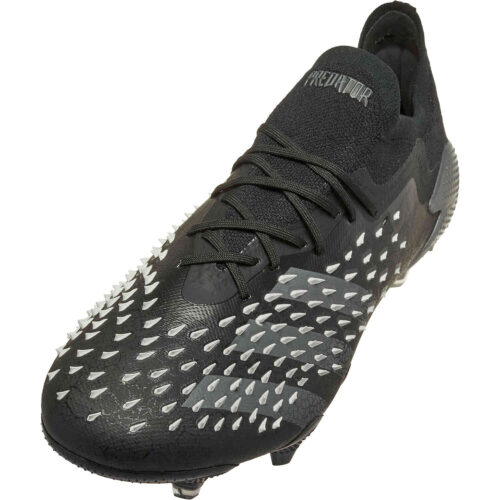 adidas Low Cut Predator Freak.1 FG – Superstealth Pack