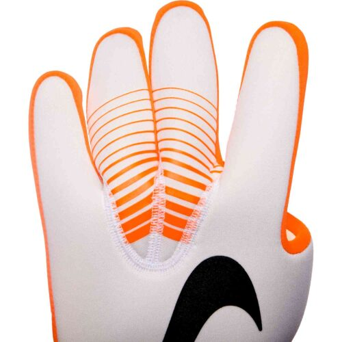 Nike Mercurial Touch Victory Goalkeeper Gloves – Euphoria