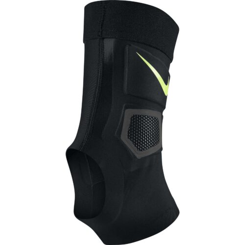 Nike Lightspeed Premier Ankle Guard – Black/Volt